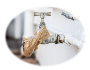 Damaged faucet and water pipe - is hard water safe to drink?